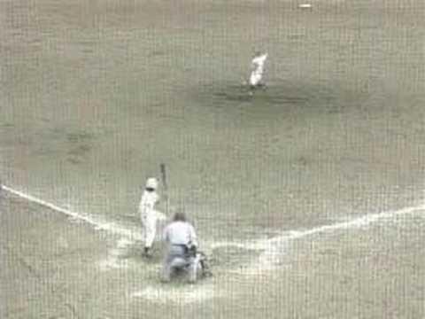 「[野球]高校野球千葉県予選で出た伝説のセカンドベース上オーバーラン。」のイメージ