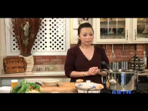 Đón Tết chuẩn miền bắc với cách làm giò heo nấu giả cầy
