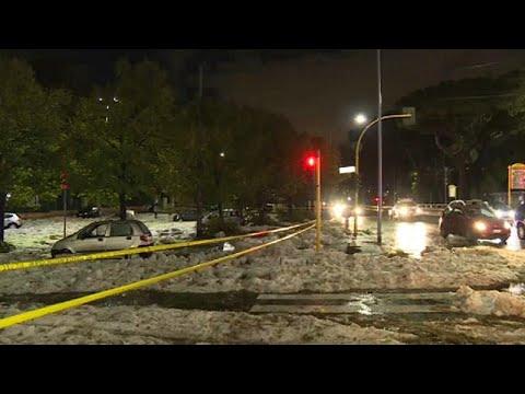 Rom: Hagel- und Regensturm führt zu Chaos