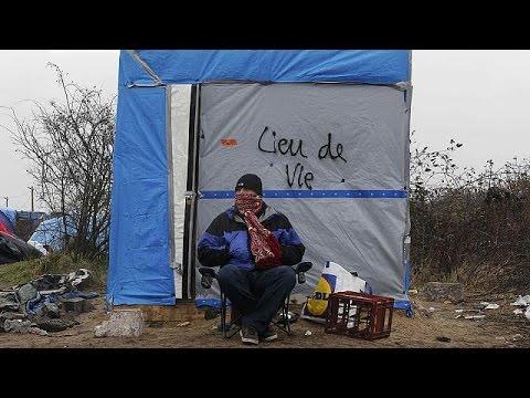 Γαλλία: επεισόδια κατά την εκκένωση της «ζούγκλας του Καλαί»