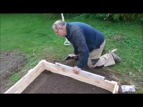 Raised Bed  Beeteinfassung aus Palettenholz