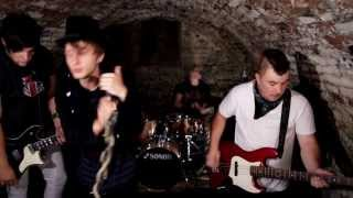 Video AngelHeaded Hipsters - Black Bridge Side (Official Video)