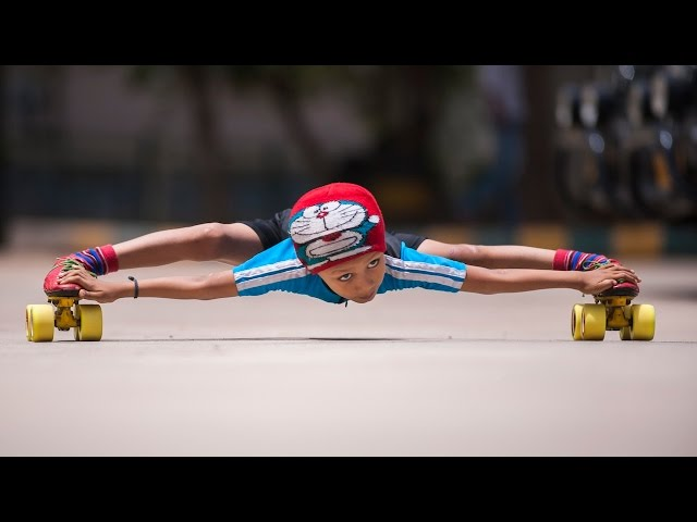 Amazing Six-year-old Kid Roller Skates Under 39 SUVs