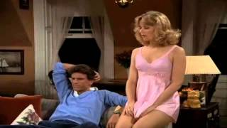Sam&Diane (Cheers) - Season 2, Episode 1 - Sam Arrives At Diane's Apartment...the Police And Love!