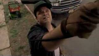 Sopranos-Paulie does the gardeners