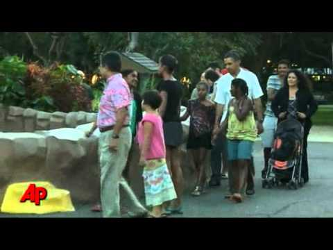Obamas Visit Honolulu Zoo