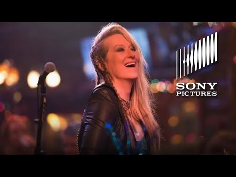Ricki and the Flash (Featurette 'Here She Comes')