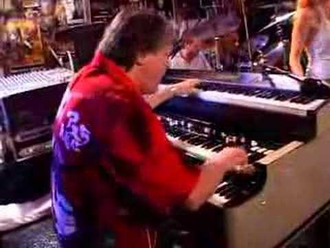 Brian Auger's Oblivion Express online metal music video by BRIAN AUGER