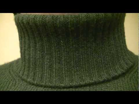 Green Benetton wool turtleneck sweater