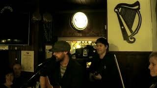 Irish Folk live - FIDDLEMYTH meets Homeward