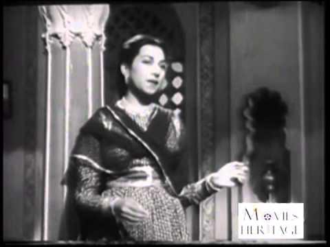 Video Betab Hai Dil by Suraiyya & Uma Devi - Dard (1947) download in MP3, 3GP, MP4, WEBM, AVI, FLV January 2017
