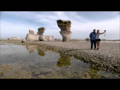 Visiting the Mingan Islands