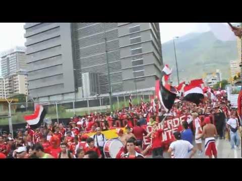 La Barra del Caracas Fútbol Club- En las Buenas y en las malas HD - Los Demonios Rojos - Caracas