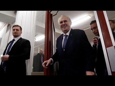 Τσεχία: Νίκη Μίλος Ζέμαν στον α' γύρο των προεδρικών