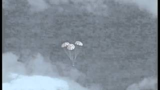 Orion EFT-1 Splashdown In The Pacific Ocean