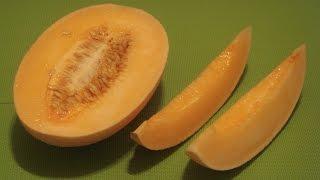 Hami China  City new picture : How to Eat Hami Melon