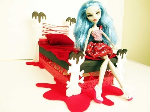 Idee pour faire le lit de ghoulia yelps - Comment faire un lit pour monster high ...