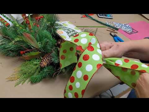 Elf Wreath Tutorial with Lorie at Dee's