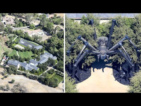 Kim Kardashian Decorates Her Home Entrance With A 20 Foot Spider