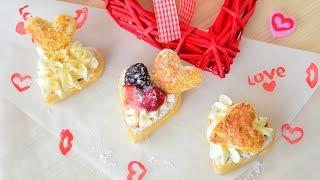 Слоеные пирожные сердечки