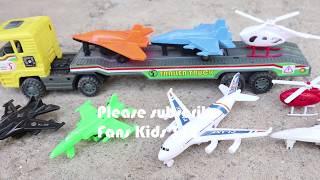 Video Truck trailers mengangkut pesawat terbang dan helikopter I Mainan anak MP3, 3GP, MP4, WEBM, AVI, FLV Agustus 2018