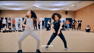 Video Petit Afro Presents - AfroDance || One Man Workshop Part 2 || Eljakim Video MP3, 3GP, MP4, WEBM, AVI, FLV Juli 2018
