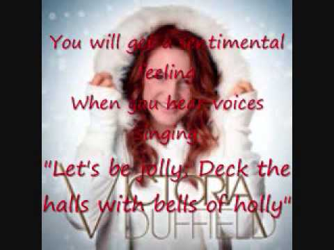 Tekst piosenki Victoria Duffield - Rockin Around the Chistmas Tree po polsku