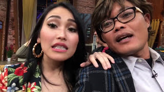 Download Video Ayu Ting Ting Blak-blakan Nge-jawab, Siapa Pacarnya MP3 3GP MP4