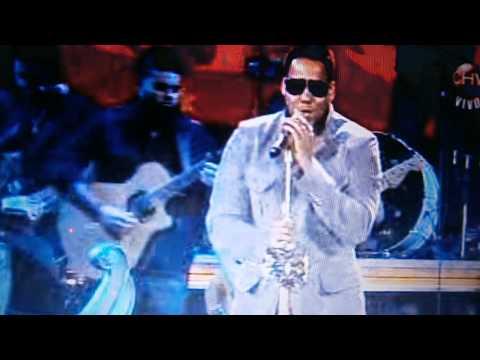 Viña del mar 2013 Romeo santos ( mirando desde BCN) TVdirecto