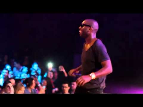 Tinie Tempah Amazes americans in NEW YORK!  - pass Out Live