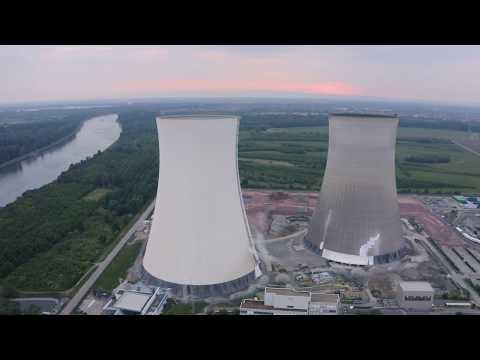 Немцы взорвали градирни АЭС