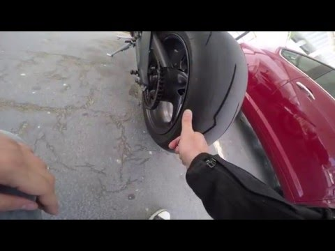 Video Pirelli Diablo Supercorsa SP v2 - Breaking in a new set of tyres - Triumph Daytona 675 download in MP3, 3GP, MP4, WEBM, AVI, FLV January 2017
