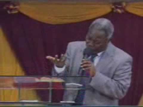 Pastor W.F. Kumuyi - The Power Of God.wmv