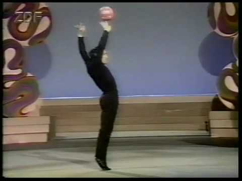 COLLECTION: Worlds Greatest Juggler Francis Brunn