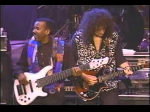 GUITAR LEGEND '92 Sevilla-Brian May, Joe Satriani, Steve Vai.avi