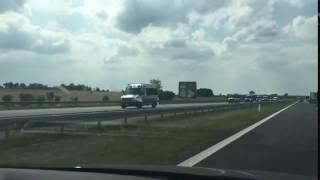 Tak wygląda sytuacja na autostradzie A2, policja z całego kraju jedzie na jutrzejszą miesięcznice…