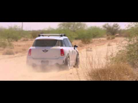 Mini Cooper Countryman Rallys the Arizona Desert and Blows Up