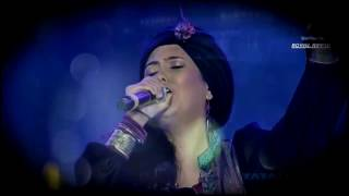 Harshdeep Kaur is an Indian playback singer known for her Sufi songs. For booking contact 09971128525