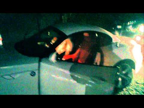 Miguel Serse sale su una macchina di lusso acclamato dai fans (видео)
