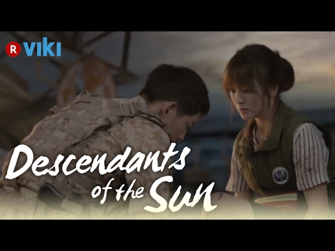 Descendants Of The Sun - EP6 | Song Joong Ki Puts On Shoes For Song Hye Kyo [Eng Sub]