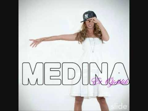 Tekst piosenki Medina - In your arms po polsku