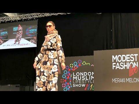 العرب اليوم - شاهد: نبيذ بلا كحول ولحوم حلال في معرض لندن للأزياء الإسلامية