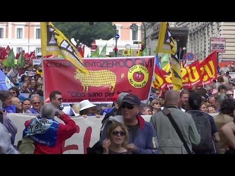 Ιταλία:Ογκώδης διαδήλωση κατά της TTIP στη Ρώμη