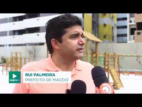 Rui Palmeira inaugura novo Parque Infantil Sustentável