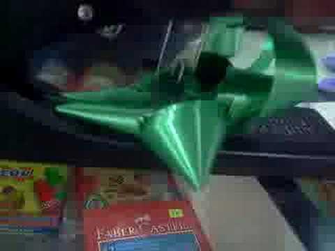 Como hacer moños para regalo | Manualidades hoy