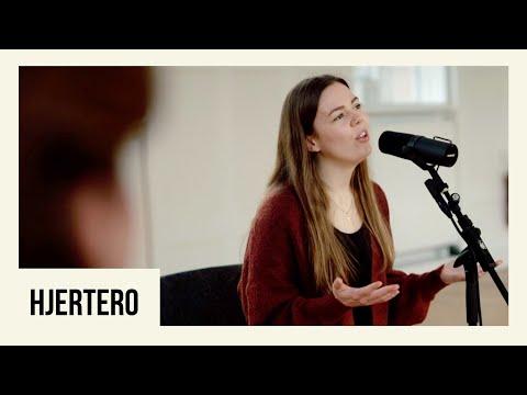 Hør Hjertero // Thea Markussen på youtube
