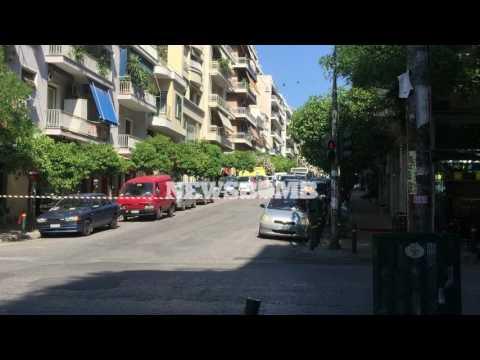 Video - Ύποπτη βαλίτσα κοντά στο πολιτικό γραφείο του Κυριάκου Μητσοτάκη