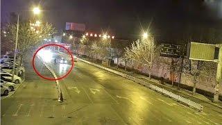 بالفيديو.. القبلة الأخيرة.. زوجان يتبادلان الحب وسط الطريق بالصين