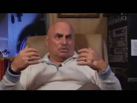 voice over - 750000 television spots, 5000 movie trailers, 1 voice, Don LaFontaine has the most recognizable voice in the game right now. Here is the legend's story tol...