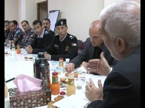 محافظ الخليل كامل حميد يتفقد مديرية الدفاع المدني في المحافظة  - محافظة الخليل